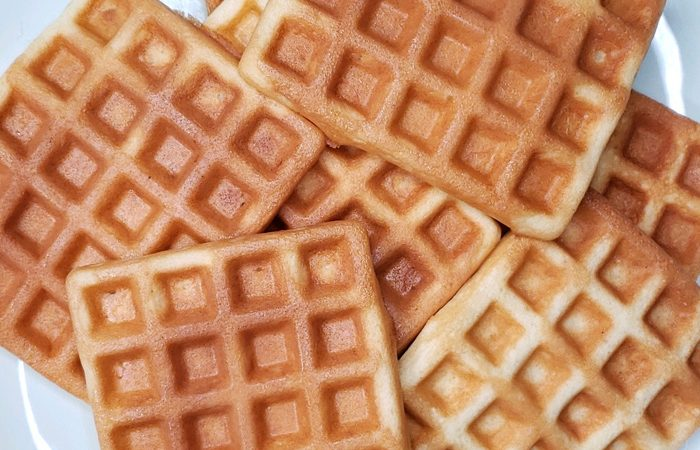 waffles spread out on plate